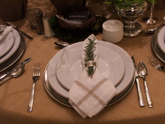 Table Top Riz-Carlton Design Style
