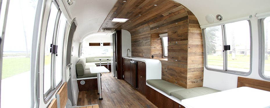 airstream love lovelydiggs. Black Bedroom Furniture Sets. Home Design Ideas