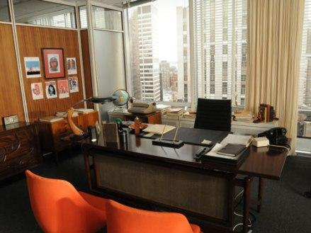 01-hbx-don-draper-office-lgn